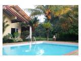 Villa nan asri dg KOLAM RENANG PRIBADI tidak jauh dari pintu tol Ciawi/Bocimi (TIDAK MACET)