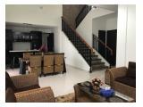 Living room bawah